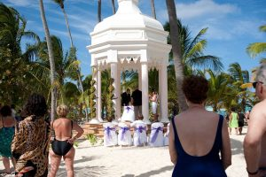 resort weddings cost more and are not very romantic